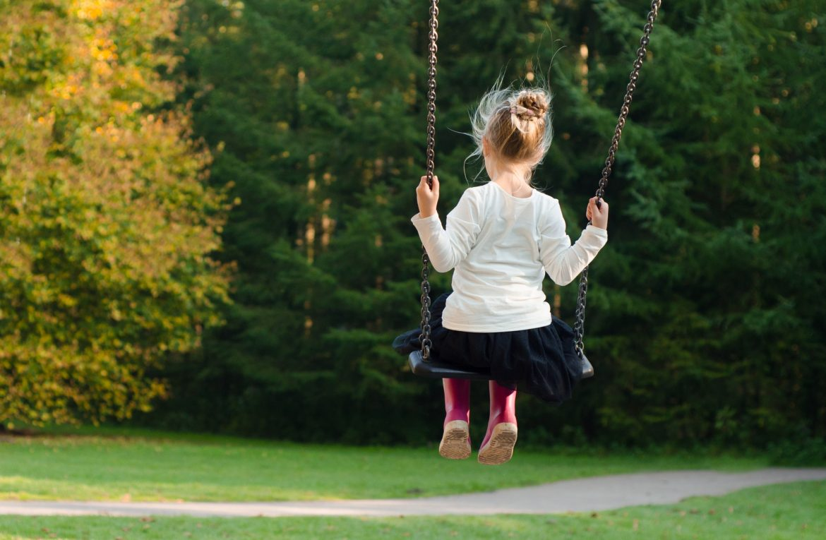 How Do I Help My Daughter With Her Body Image? The First 4 Steps